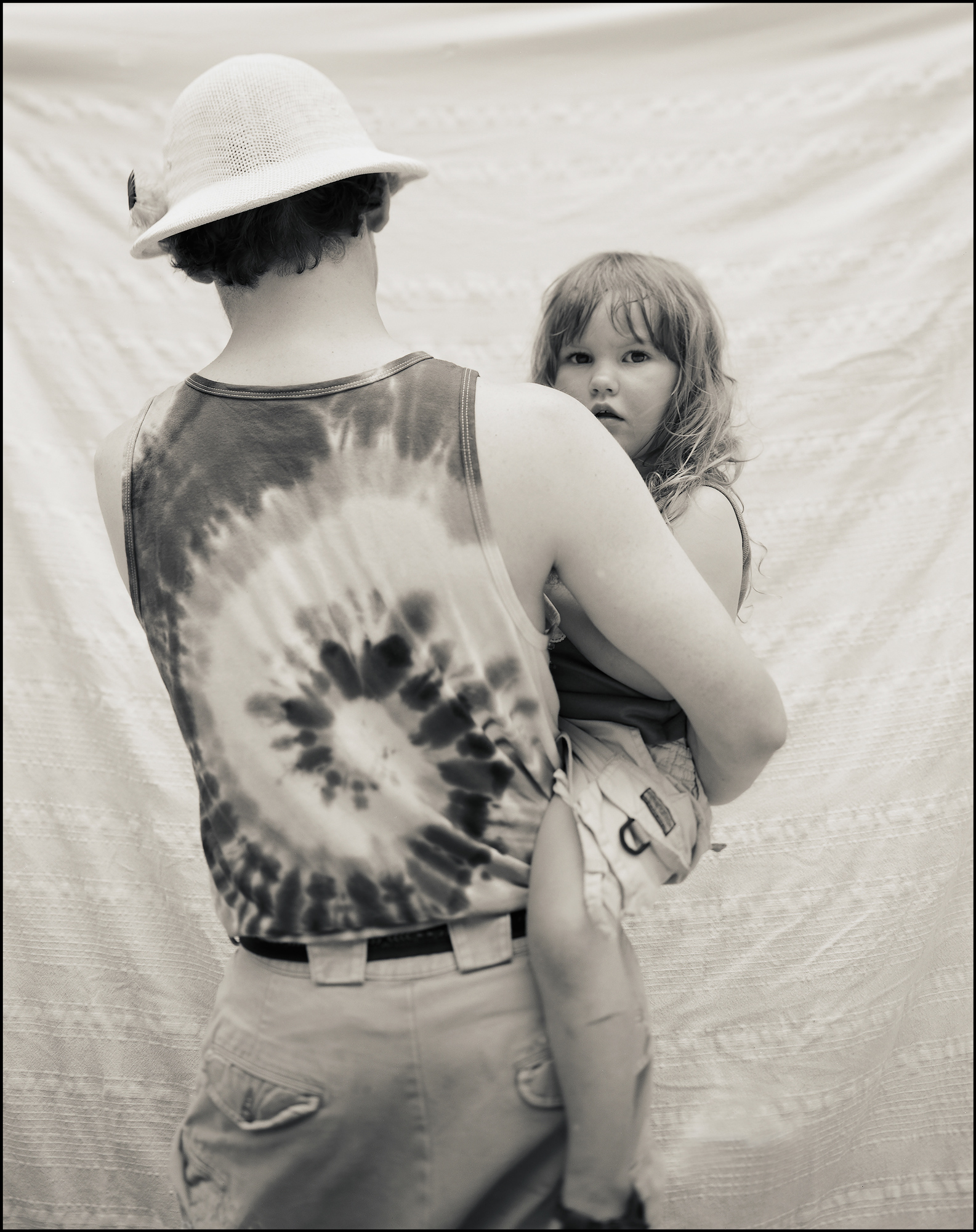 FolkFestival_FatherAndDaughter_border_web