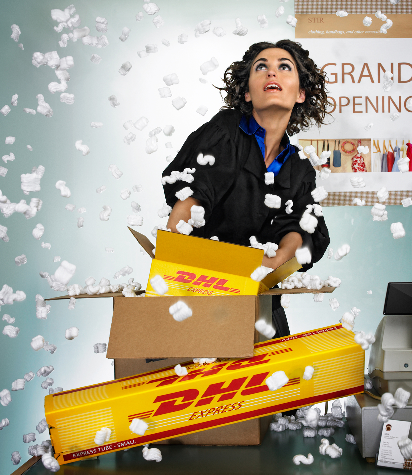 OFFICE MAX - DHL